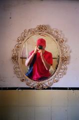 (bricolage.108) Tags: reflection mirror xa2 olympusxa expiredfilm meandmycamera luckyredhat