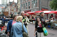 Tourists (illustir) Tags: delft tourists touristen wijnhaven gallgall