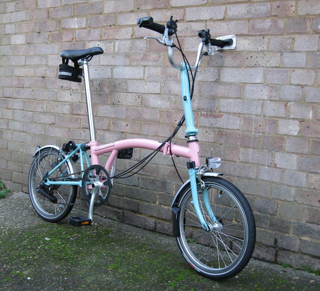 Le Brompton, le vélo, et autres plaisirs minuscules 251136645_ab18b49521_b