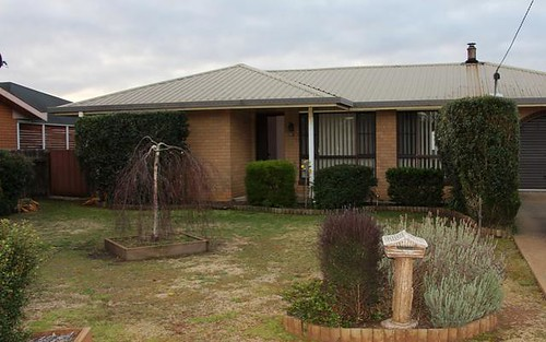 21 Youman Street, Guyra NSW 2365