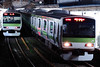 Yamanote-Line LCL. (IN1754) Tags: train railroad railway locomotive yamanoteline green bulb 山手線 代々木 tokyo