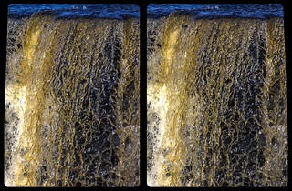 Kakabeka Falls close-up 3-D / CrossEye / Stereoscopy / HDR / Raw