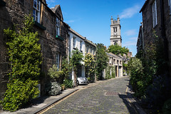 Circus Lane, Edinburgh (p.mathias) Tags: lane street building buildings home homes road cobbles cobble cobbled unitedkingdom uk scotland edinburgh europe tower bluesky sony a5100
