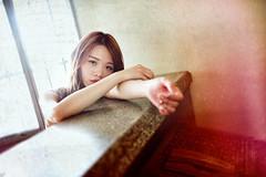 (jimmyVB@Hsu) Tags: 外拍 fantastic nikon sigma35mmart 寫真 街拍 女孩 公寓 約拍 人像 警衛室 portraitshots girls 台中