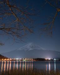 Second Arrangement (Majime-SPN) Tags: night nightphotography fuji mountfuji mountain nature yamanashi kawaguchiko lake kawaguchilake japan japanese nikon d5500 ニコン ニコンd5500 nikond5500