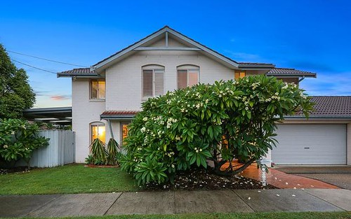 4 Stone St, Meadowbank NSW 2114