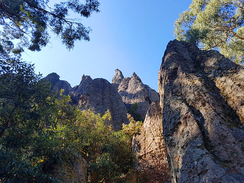 Hanging Rock 10