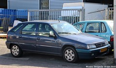 Citroën ZX 1.4i Avoriaz 1995 (XBXG) Tags: nhsf07 citroën zx 14i avoriaz 1995 citroënzx garage ordas volmerstraat diemen blue bleu nederland holland netherlands paysbas youngtimer old french car auto automobile voiture ancienne française vehicle outdoor