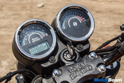 Royal-Enfield-Thunderbird-500X-01