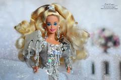 Kristall 03 (Lindi Dragon) Tags: barbie doll mattel superstar holiday 1992 happy silver dress