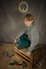 Easter Kay (brooneq) Tags: bruno ciechorski noise noisenetpl photography fotograf fotografia portrait boy easter canon 7d tamron 1750