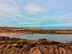 Kingsbarns Beach (LJLJ83) Tags: kingsbarns beach fife scotland summer 2018 sea rocks sand low tide blue sky calm weather rocky coastline coast beautiful scenery