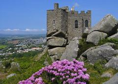 Carn Brea Castle, Redruth, Cornwall (saffron100_uk) Tags: redruth camborne cornwall castle carnbrea carnbreacastle bracken rock granite building architecture boulders clouds canong5 bassett