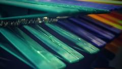 Pinzas de plástico. (Marina Is) Tags: macromondays plastic plástico pinzas hmm clothespins macrofotografia