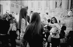 From #lastreetnonesiste, Rome series (Domenico Cammarano) Tags: fontanaditrevi persone filmisnotdead documentaryphotographer streetphotography leicam leicam2 leicashooter italia italy rome roma backtothebase ibelieveinfilm ishootfilm lastreetnonesiste