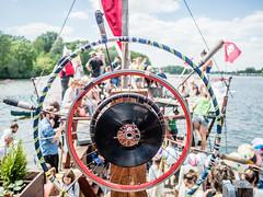 Spreepiraten (ekvidi) Tags: anarche pantherray spree berlin wasser boot flos bucht der träumer spreepiraten