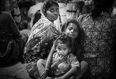 Aarti family (andy_8357) Tags: canon fd 50mm f14 sony mirrorless ilce6000 ilcenex 6000 alpha aarti family portrait children eyes big happy crowd varanasi india ghats ghat ganges ganga mother bw blackandwhite monochrome black white blanc y noir portraiture street photography fun sincere simple e mount emount people person low light lowlight