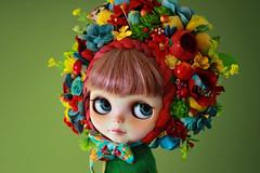 A Smile and a Song. (Trio Blythe) Tags: blythe trioflowerbomb flowerbomb flowerbonnet blythecustom customblythe doll gbaby blueeyes floral handmade trio trioblythe trioforblythe