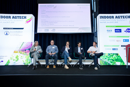 Day 1 Photos - Indoor AgTech Innovation Summit 2018