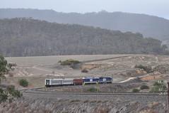 Electric transfer near Locksley (highplains68) Tags: aus australia nsw newsouthwales rail railroad railway mainwest westernline 8606 4615 cf5003 cf5021