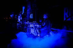 Knott's Scary Farm 2017 (rpadilla.photo) Tags: knotts berry scray farm amusement theme park roller coaster buena anaheim california orange county los angeles oc canon t3i shadow silhouette red blue black dark spooky creepy fog foggy conductor train caboose rio grande locomotive ride juego