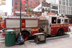 FDNY Engine 14 (MJ_100) Tags: emergencyvehicle emergencyservices 3rdalarm fire incident emergency w23rdst west23rdst 23rdstreet manhattan fdny firedepartment fireservice firebrigade engine fireengine pumper appliance apparatus engine14
