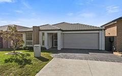 25 Sierra Avenue, Middleton Grange NSW
