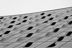 Lines and Waves (MR-Fotografie) Tags: schwarz weis black white sw bw wave line waves lines linie wellen architektur architecture geometrie perfect x hamburg hafencity nikon d5500