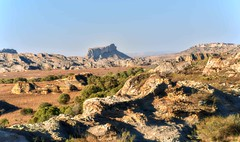 Isalo Valley (Rod Waddington) Tags: africa african afrique afrika madagascar malagasy isalo valley landscape rocks nature mountains outdoor