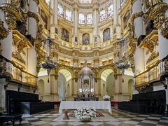 Catedral de Granada: Altar Mayor (EDU S.G.) Tags: granada catedral cathedral altarpiece altar barroco gotico gothic iglesia church sacred luz light andalucia andalusia spain españa nikon patrimoniodelahumanidad arte art ancient antiguo arcos