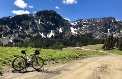 2018 Demons vs Devils Ride (Doug Goodenough) Tags: bicycle bike cycle ride pedals spokes 7 seven devils mountains mtns climb gravel gridning snow elevation idaho june 2018 sean eric drg531 drg53118 drg53118p drg53118pdevils sun view vista trek checkpoint sl5