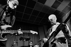 The Bluebirds (laurent.smet) Tags: 20180330 bars concert dordogne thebluebirds onstage noirblanc blackwhite laurentsmetphotographies