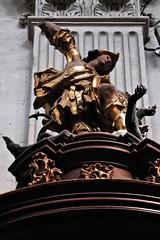 1 - Paris - Notre-Dame des Blancs-Manteaux - Chaire de vérité, Saint-Michel terrassant le Diable (melina1965) Tags: 2018 mai may panasonic lumix dmctz57 îledefrance paris 4èmearrondissement 75004 église églises church churches sculpture sculptures bois wood