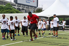 """2018-tdddf-football-camp (17) • <a style=""""font-size:0.8em;"""" href=""""http://www.flickr.com/photos/158886553@N02/27553641727/"""" target=""""_blank"""">View on Flickr</a>"""