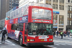 IMG_6117 (GojiMet86) Tags: mciz go tours top view hertz corporation nyc new york city bus buses 1999 gillig low floor h2000lf g22b102n4 325 unknown 34th street 7th avenue 15ggb2210x1071237