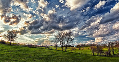 IMG_8347-49Ptzl1scTBbLGER (ultravivid imaging) Tags: ultravividimaging ultra vivid imaging ultravivid colorful canon canon5dm2 clouds sunsetclouds stormclouds scenic lateafternoon evening fields farm trees twilight pennsylvania pa panoramic painterly landscape sky vista rural
