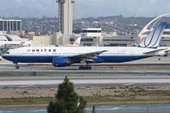 N220UA (dbind747438) Tags: united airlines boeing 777200 n220ua los angeles airport