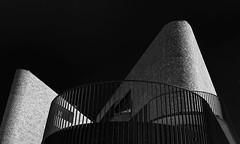 Modern living II (jefvandenhoute) Tags: belgium belgië belgique vilvoorde monochrome blackandwhite light lines shapes geometric architecture building