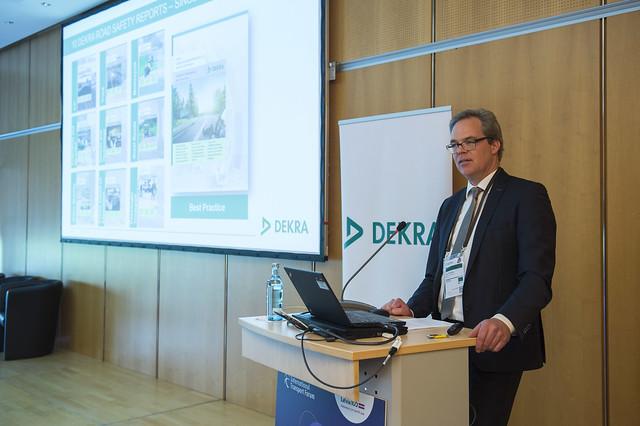 Jann Fehlauer presents