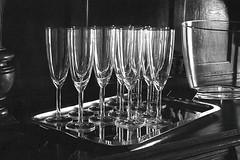 Controluce (Mattia Camellini) Tags: yashicatlelectrox yahinondsm1750mm analog pellicola film35mm filmferraniap30 mattiacamellini canoscan9000fmarkii manuallens vintagecamera vintagelens glasses bicchieri vetro biancoenero monochrome ilfosol3
