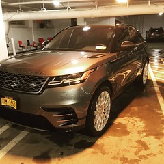 #kwallacesignature #carcare #carwash #thewestchester #landrover #rangerover #autodetailing #suv #detailersofinstagram (whytakethelirr) Tags: instagramapp square squareformat iphoneography uploaded:by=instagram juno