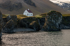 Arnarstapi 6 explored (einisson) Tags: arnarstapi snæfellsnes house sea rocks mountain iceland outdoor landscape einisson canon70d