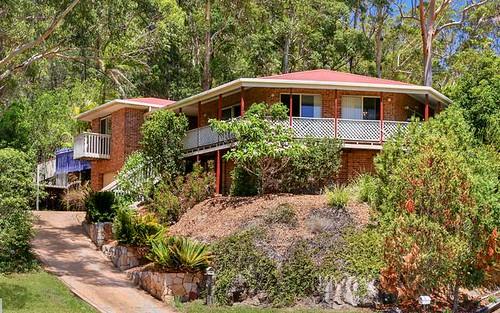 18 Pamela Close, Green Point NSW