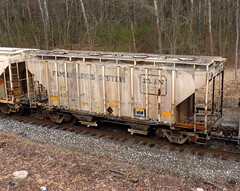 CSXT 224847 (Proto-photos) Tags: 2bay coveredhopper pennsylvania familylinessystem vintage old weathered train railroad railcar freightcar 224847 csx csxt patched c112 lo 40ft wheeler