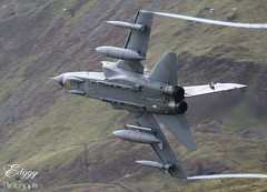 ZG771 GR4 100 year special tail through the Mach Loop in Wales, taken from Pulpit. (dominicegerton) Tags: gr4 tornado marham 31squadron wales lfa7 machloop
