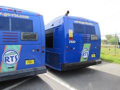 2006 Gillig LowFloor BRT (abear320) Tags: transit bus gillig regional system gainesville florida rts lowfloor brt