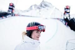 Sarah Burke (Freestyle Canada) Tags: competition europe extreme freestyle hiver neige sarahburke ski sport winter xgames evenement snowboard sportextreme tignes savoie francela