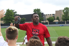 "2018-tdddf-football-camp (121) • <a style=""font-size:0.8em;"" href=""http://www.flickr.com/photos/158886553@N02/40615581760/"" target=""_blank"">View on Flickr</a>"