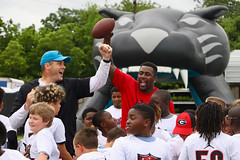 """2018-tdddf-football-camp (101) • <a style=""""font-size:0.8em;"""" href=""""http://www.flickr.com/photos/158886553@N02/40615588720/"""" target=""""_blank"""">View on Flickr</a>"""