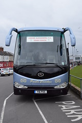 Crewe Alexandra F.C. Team Coach (5asideHero) Tags: pauls coaches crewe alexandra fc king long xmq6127 y16 pos